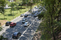 Trafique en 23 de Maio Avenue en Sao Paulo Imágenes de archivo libres de regalías