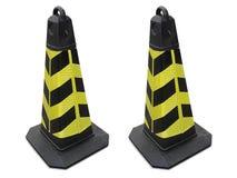 Trafiquez le cône sur le trottoir d'isolement sur le fond blanc image libre de droits