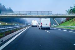 Trafiquez sur la route slovène A1 entre Maribor et Ljubljana Photographie stock libre de droits