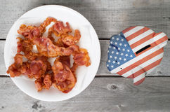 Traga em casa o conceito do bacon imagens de stock royalty free