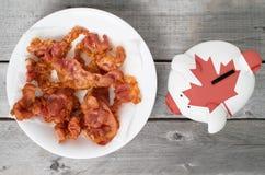 Traga em casa o conceito do bacon fotografia de stock royalty free