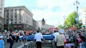 Tragen Sie Gymnastik, Kyivs Stadt Tag in Kiew, Ukraine zur Schau, stock footage