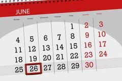 Tragen Sie Planer für den Monat, Schlusstag der Woche, Dienstag, 2018 am 26. Juni ein Stockfoto