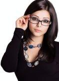 Tragende Gläser des schönen Mädchens Lizenzfreie Stockbilder