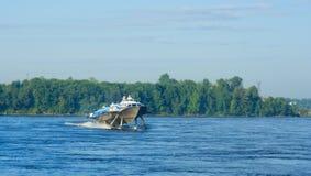 Tragflügelboot Stockfotos