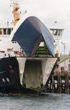 Traghetto che apre i sui portelli Fotografia Stock Libera da Diritti