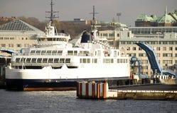 Traghetto che lascia Helsingor Immagine Stock
