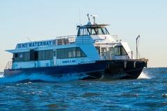 Traghetto del canale navigabile di NY Fotografie Stock