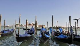 Traghetto del trasporto del mare esterno a Venezia Italia Fotografia Stock