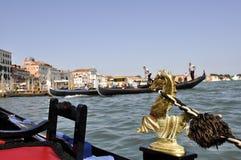 Traghetto del trasporto del mare esterno a Venezia Italia Fotografie Stock