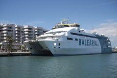 Traghetto di Balearia in Ibiza fotografie stock libere da diritti