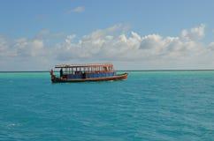 Traghetto di dhoni di Maldvies Immagini Stock