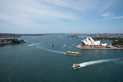 Traghetto e Sydney Opera House Fotografie Stock Libere da Diritti