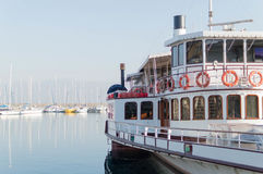 Traghetto. Imbarcazione lago di garda italia Royalty Free Stock Photography
