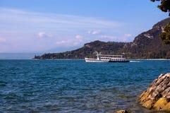 Traghetto - lago Italia garda Fotografia Stock Libera da Diritti