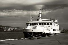 Traghetto messo in bacino Fotografia Stock