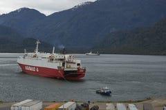 Traghetto in Puerto Chacabuco, Patagonia, Cile Immagine Stock Libera da Diritti