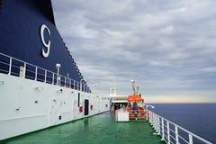 Traghetto sul mare Immagine Stock