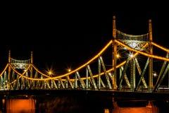 Traian Bridge Arad, de Nachtfoto van Roemenië royalty-vrije stock fotografie