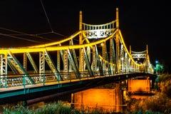Traian Bridge Arad, de Nachtfoto van Roemenië stock foto
