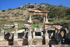 Traian Brunnen Ephesus Stockfotos