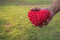 Traiga el amor para dar fotos de archivo