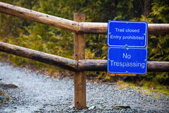 Trail closed. Entry prohibited. No trespassing. Stock Image