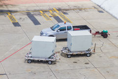 Trailers at docking stations of a distribution center waiting to Royalty Free Stock Photos