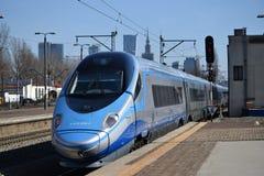 Train à grande vitesse en Pologne image libre de droits