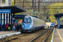 Train à la gare Photographie stock