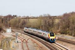 Train à unités multiples diesel de la classe 222 d'East Midlands Photo stock
