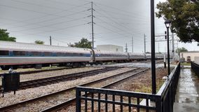 Train d'Amtrak chez Orlando Health Sunrail Station 01 Photos libres de droits