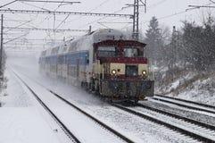 Train dans la neige Photographie stock