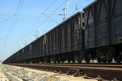 Train dans le chemin de fer Images stock