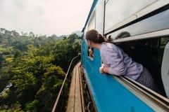Train dans Sri Lanka images stock