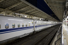 Train de balle de Shinkansen Photos stock