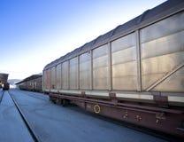 Train de cargaison images stock