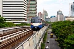 Train de ciel à Bangkok Photo libre de droits