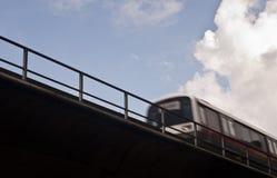 Train de ciel brouillé Photos libres de droits