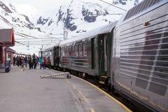 Train de Flamsbana chez Myrdal, Aurland, Norvège Images stock