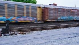 Train de fret expédiant photos stock
