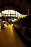 train de gare de plate-forme Images libres de droits