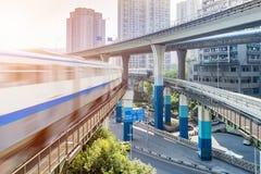 Train de métro à la station de métro à Chongqing Photographie stock
