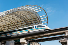 Train de maglev de Changhaï Photographie stock