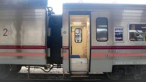 Train de masse moderne Bangkok Tha?lande pour le transport de passagers photographie stock