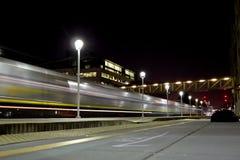 Train de nuit Photos stock