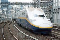 Train de remboursement in fine de Shinkansen Photographie stock libre de droits