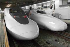 Train de remboursement in fine de Shinkansen Image stock