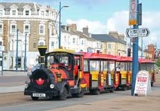 Train de terre à Great Yarmouth, Royaume-Uni Photos stock