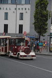 Train de touristes de Galway Images stock